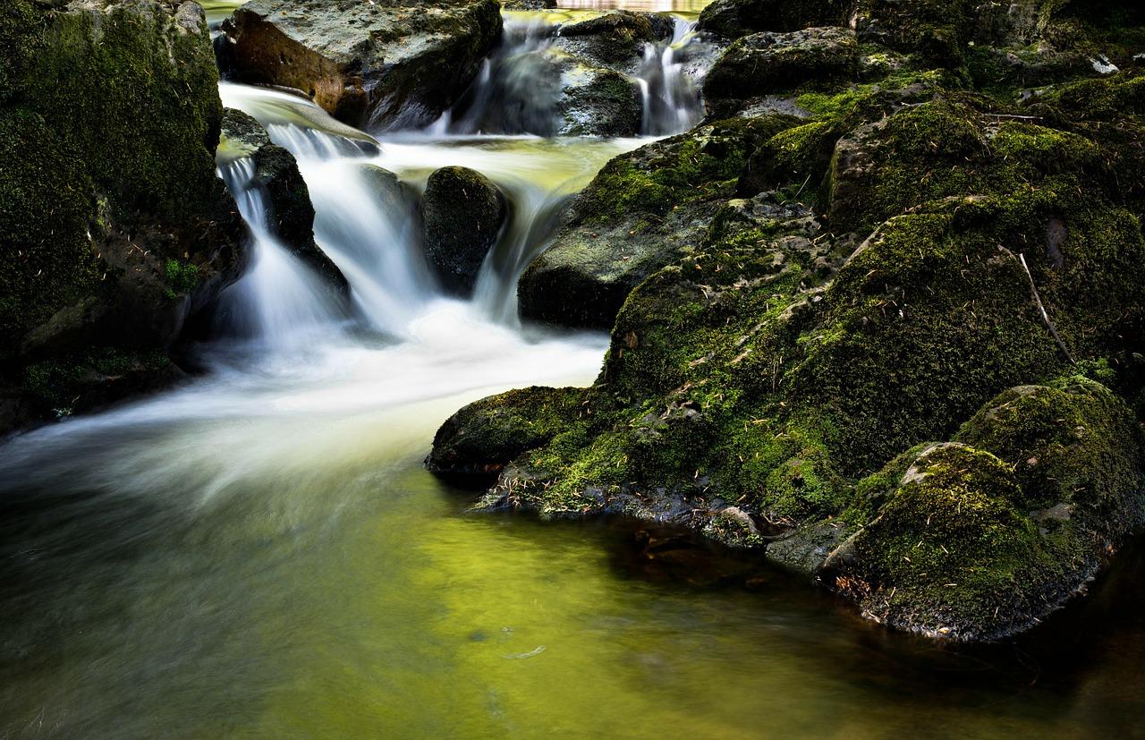 cummins falls state park waterfall