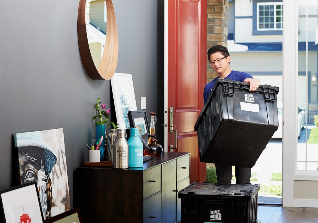 decluttering for spring home selling