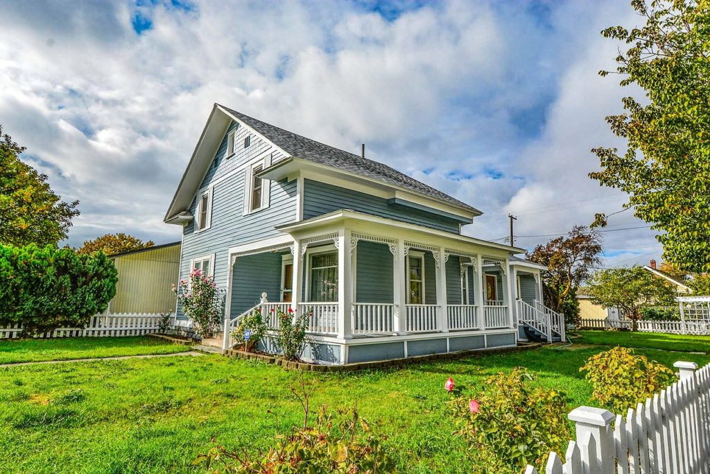 house for sale in spring